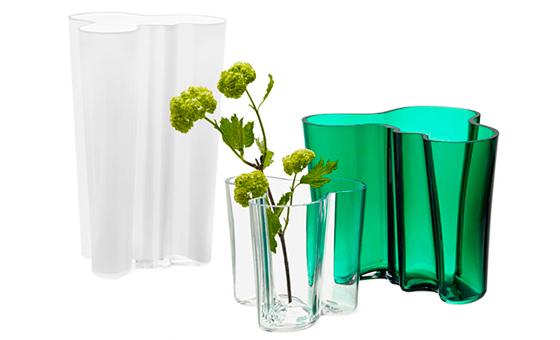Aalto vases in emerald green