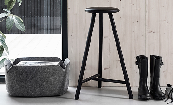 Nikari's Perch bar stool