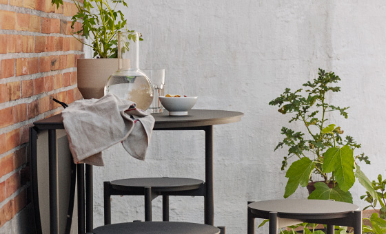 New: Skagerak's Picnic table